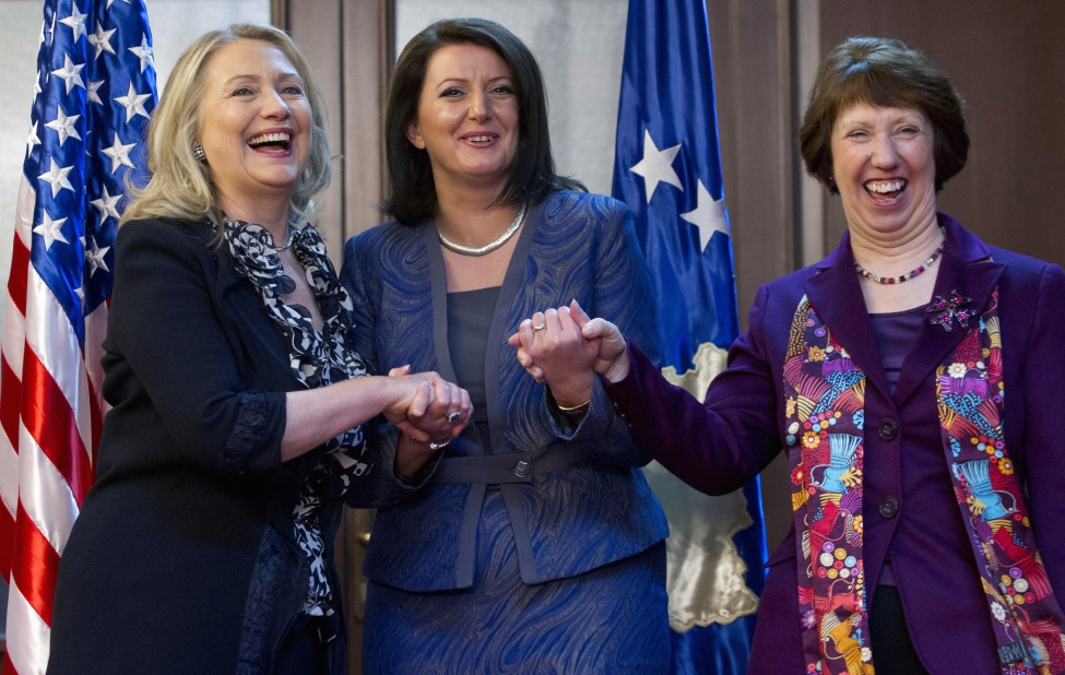 Then-US Secretary of State Hiliary Clinton (L) meets Kosovo's then-President Atifete Jahjaga(C), and then-High Representative of the Union for Foreign Affairs and Security Policy, Catherine Ashton (R), in 2012. Photo: Reuters.