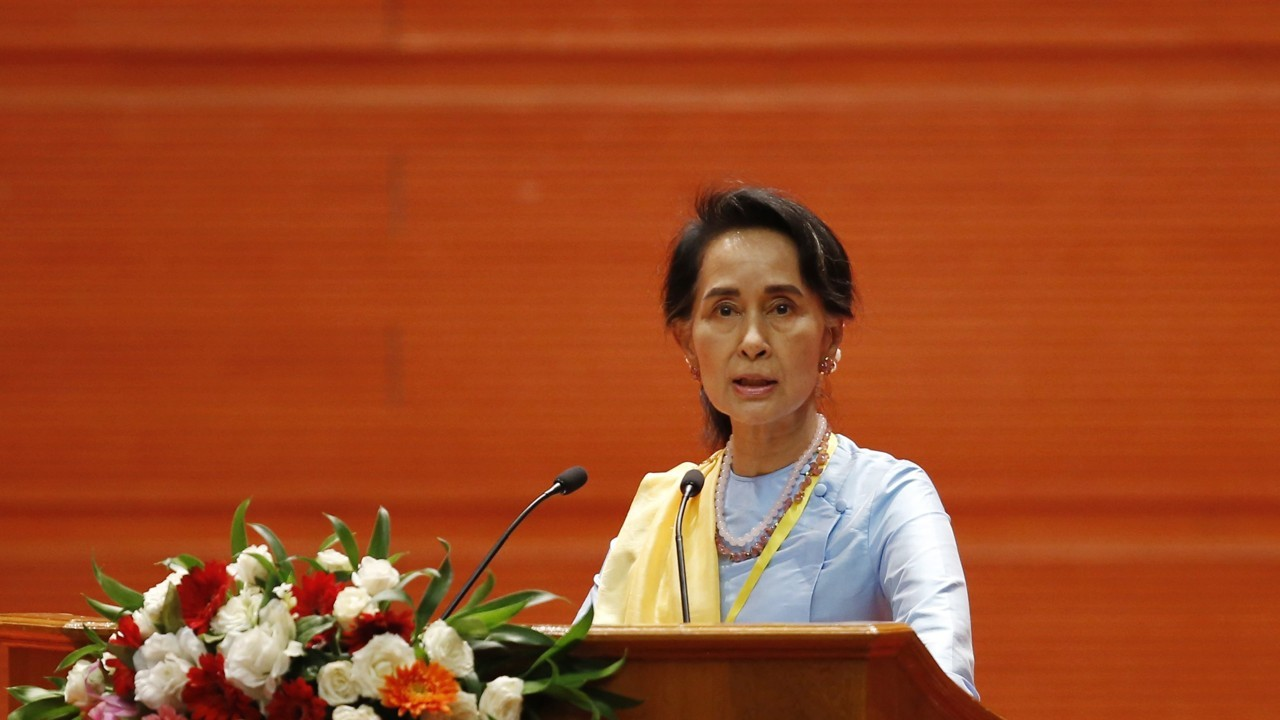 Myanmar's Aung San Suu Kyi will address the nation on the Rohingya crisis today