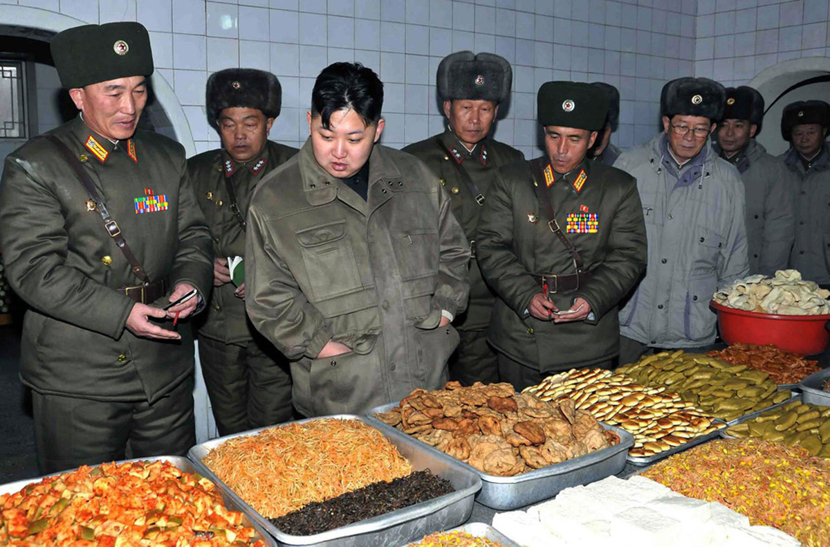 North Korea's Kim Jong-un inspects military food preperation