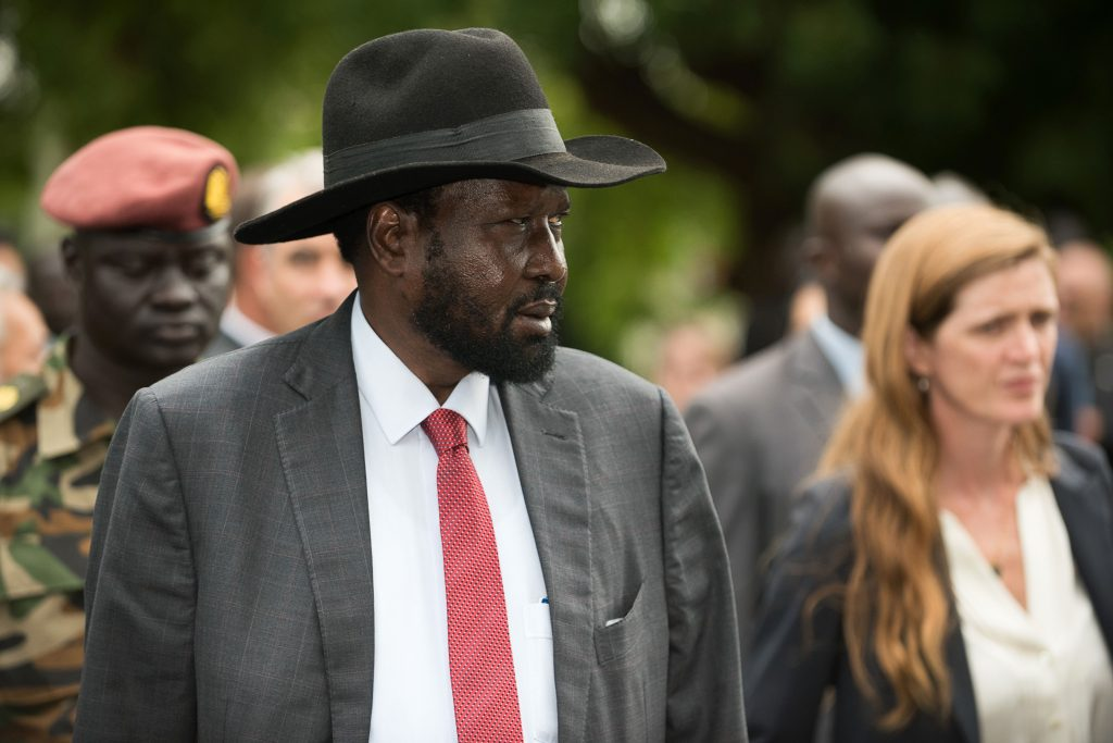 South Sudan President Salva Kiir (C) walks with a high delegation from the United Nations (UN) Security Council, including US Ambassador to the United Nations Samantha Power (R) during a tour of the South Sudan's state house, known as j1, to show the damages of fighting at the state house from July, on September 4, 2016, prior to a closed-door meeting.