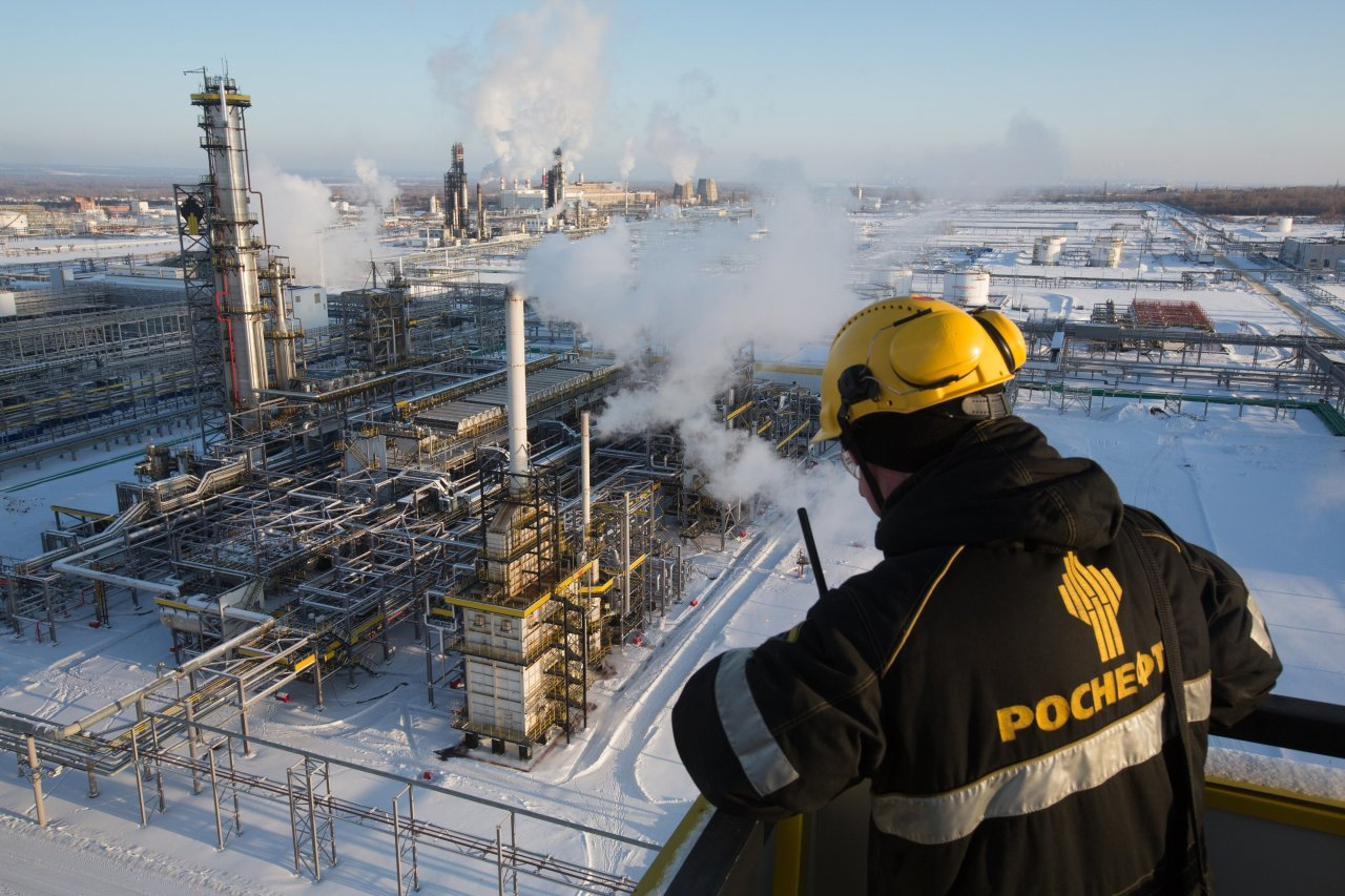 Russia_oil_refinery