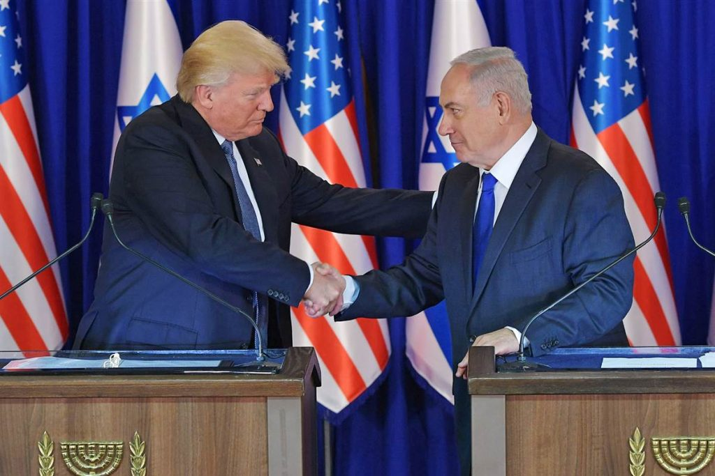 US President Donald Trump and Israel's Prime Minister Benjamin Netanyahu shake hands after delivering press statements