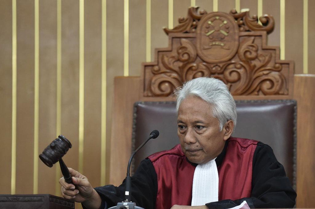 Indonesian judge in Setya Novanto pre-trial hearing