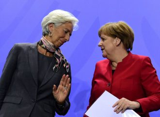 Angela Merkel to discuss Greece and Eurozone reforms with IMF chief Lagarde