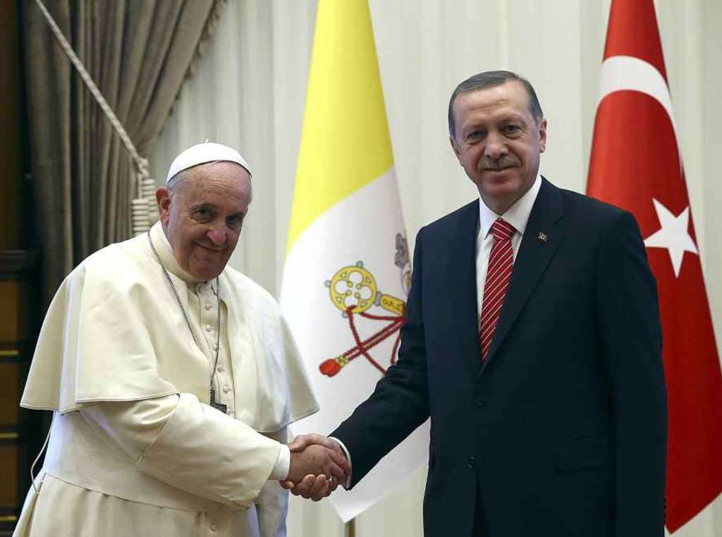 Rome bans protests as Pope meets Turkish president Erdogan