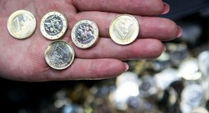 Strengthening outlook and rising growth boosts Eurozone consumption