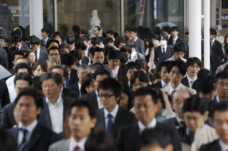 Japanese economy contracted for the first time in nine quarters