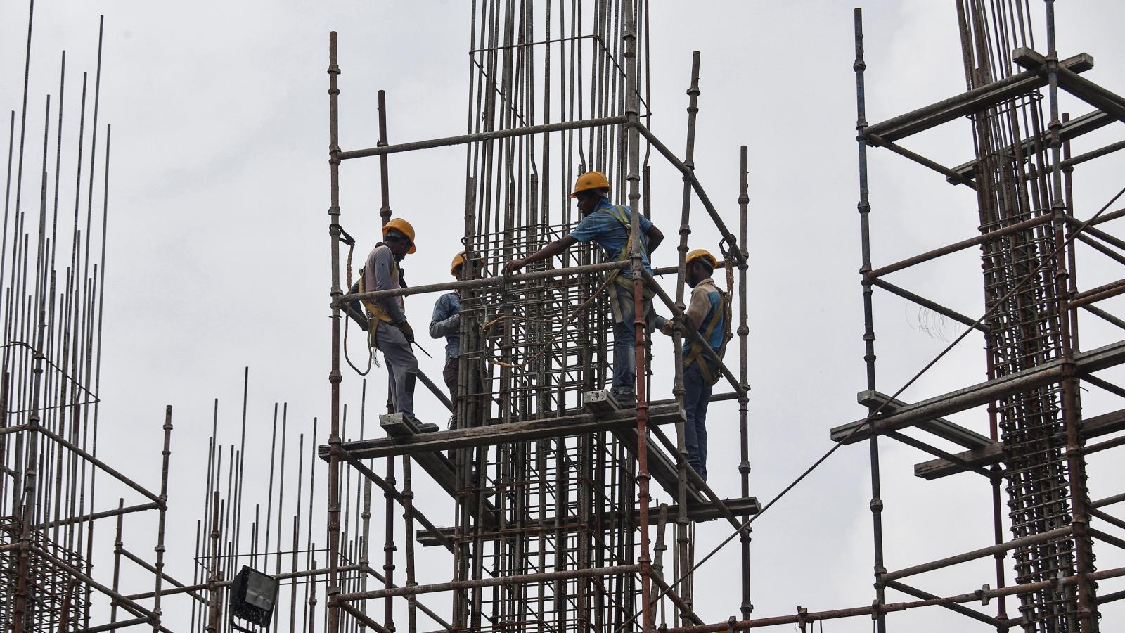 india economy slow
